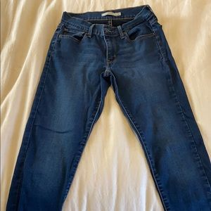 Levi dark wash 710 skinny jeans
